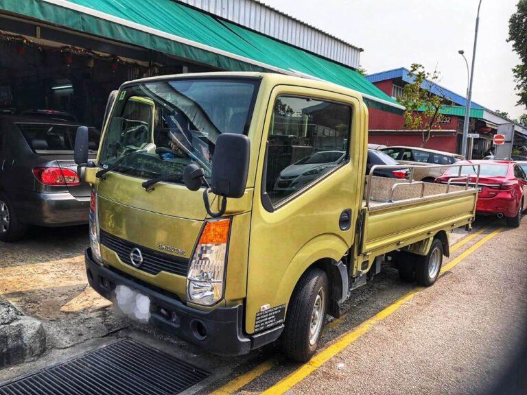 Nissan Cabstar 10ft open lorry - 2015 model