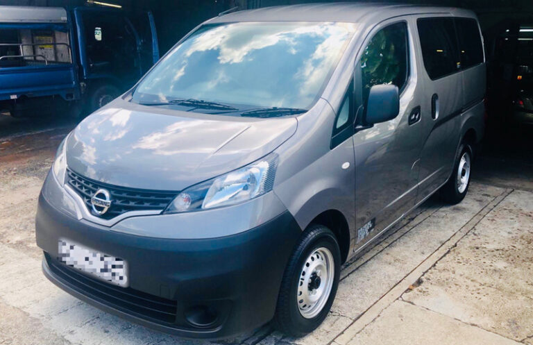 Nissan NV200 Auto (with side windows) - 2019 model
